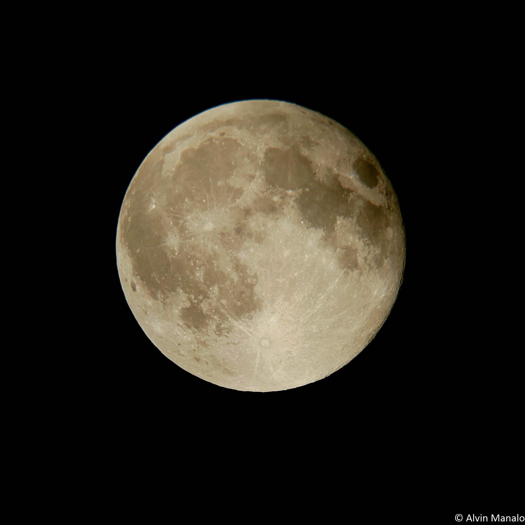 moon20150829e-0044e3e39de915e82d1bac567b4a319ef2ec403d